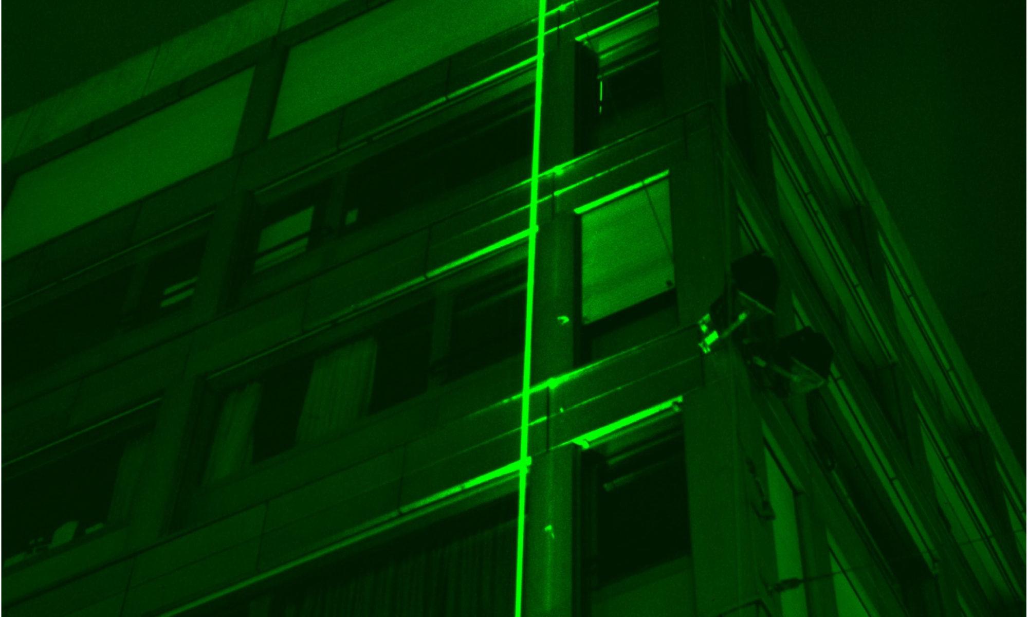 Gunter Frentzel, Laser-Klammer / Santiago Caprio